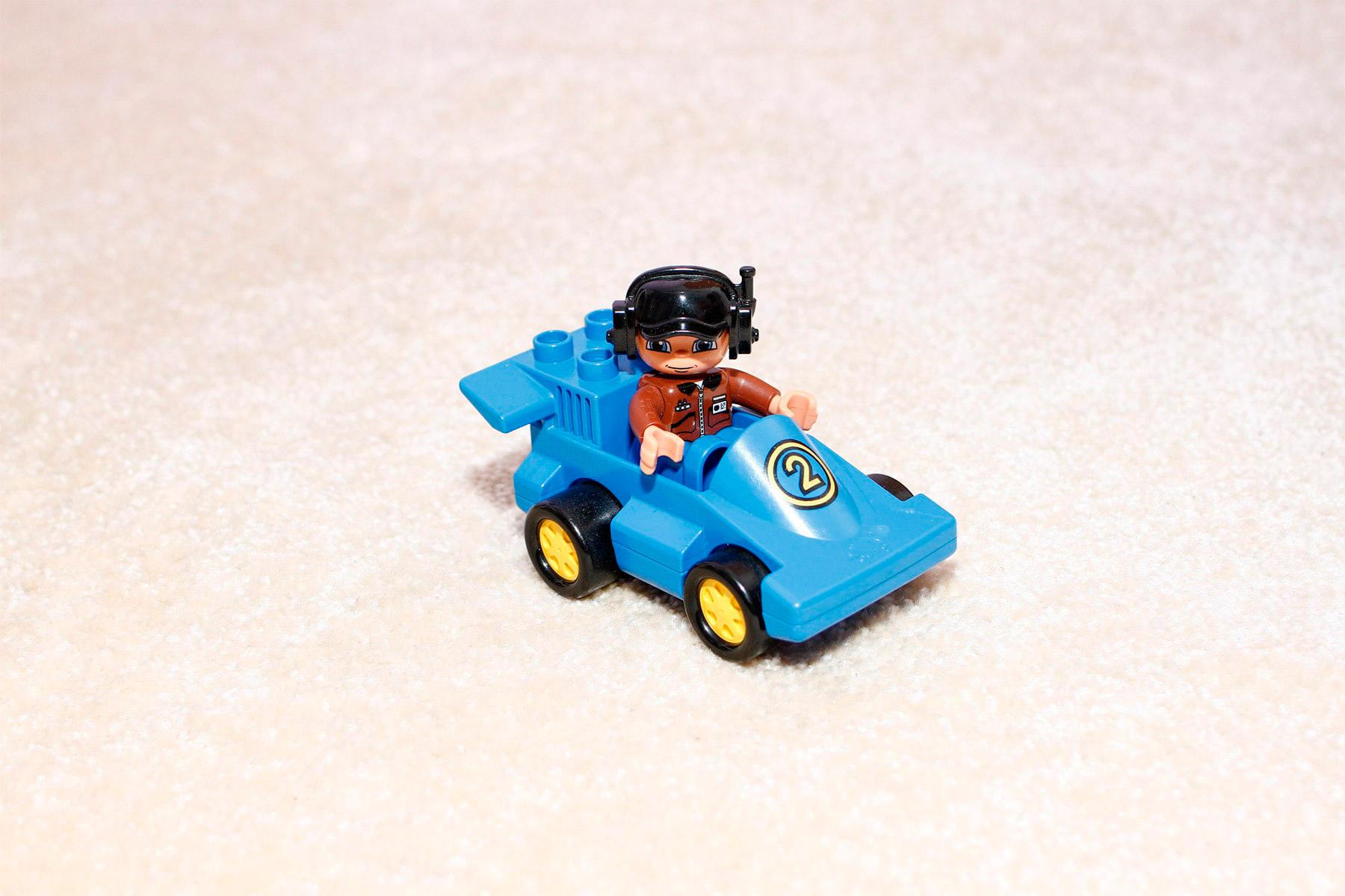 Lego Duplo Rennauto